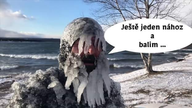 zmrznutý rybár